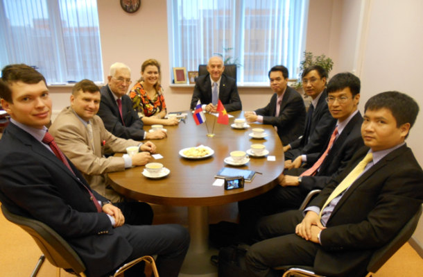 Проведение переговоров с делегацией министерства связи республики Вьетнам  по совместным программам повышения квалификации